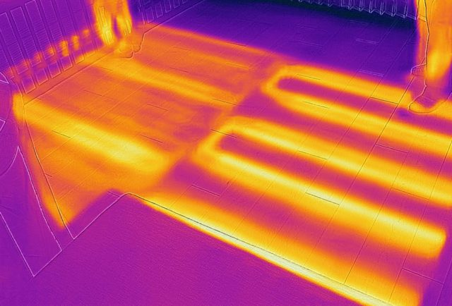 床暖房の温度ムラ