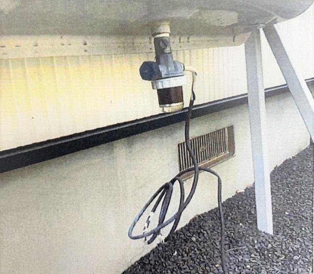 汚れた灯油タンクフィルター(ストレーナ)